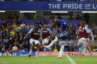 LONDON, ENGLAND - SEPTEMBER 11: Romelu Lukaku of Chelsea scores their side's third goal during the Premier League match between Chelsea and Aston Villa at Stamford Bridge on September 11, 2021 in London, England. (Photo by Catherine Ivill/Getty Images)