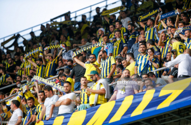 ISTANBUL, TURKEY - SEPTEMBER 12: Fans and supporters of Fenerbahce during the Super Lig match between Fenerbahce and Sivaspor at Sukru Saracoglustadion on September 12, 2021 in Istanbul, Turkey (Photo by BSR Agency/Getty Images)