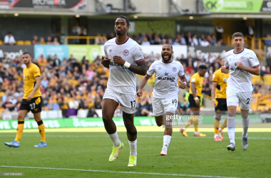 WOLVERHAMPTON, ENGLAND - SEPTEMBER 18: Ivan Toney of Brentford celebrates after scoring their side's first goal during the Premier League match between Wolverhampton Wanderers and Brentford at Molineux on September 18, 2021 in Wolverhampton, England. (Photo by Shaun Botterill/Getty Images)