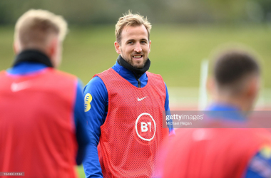 BURTON-UPON-TRENT, ENGLAND - OCTOBER 05: Harry Kane looks on during a training session at St Georges Park on October 05, 2021 in Burton-upon-Trent, England. (Photo by Michael Regan/Getty Images)