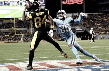 "Brown y su ""Helmet Catch"" (Foto Titans)"