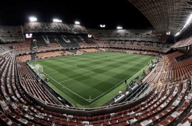 Coronavirus deja al Valencia sin fanaticada en Champions