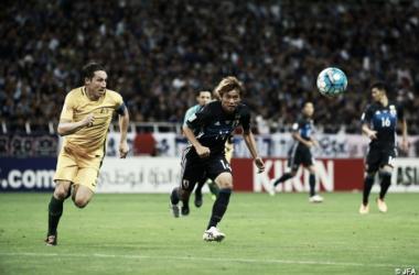 Inui logra el pase al Mundial con Japón; Dmitrovic observa la goleada serbia desde el banquillo