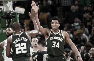 Milwaukee Bucks: favoritos a todo y sin miedo a nada