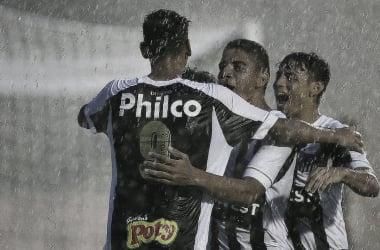 Em jogo com paralisação por causa da chuva, Santos goleia Sergipe na estreia da Copinha
