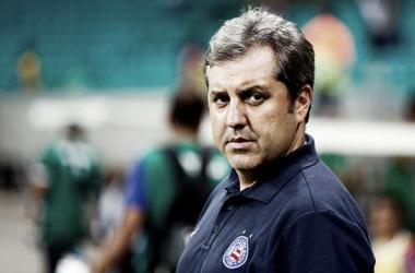 """Kleina critica erros do Bahia em derrota para o Santos: """"Não fomos felizes"""""""
