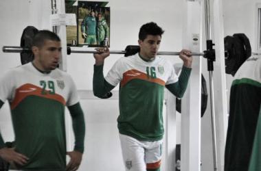 Gio ya se entrena en el Taladro (Foto: CA Banfield Oficial).