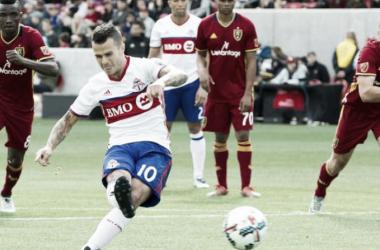Toronto FC's Sebastian Giovinco attempts a penalty kick against Real Salt Lake.   Photo: Russ Isabella