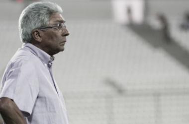 """Givanildo comemora semana livre e projeta duelo com Cruzeiro: """"Vamos chegar neste jogo inteiro"""""""