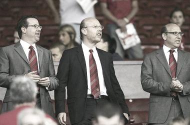 Manchester United y la gestión de la familia Glazer: de un imperio a una deuda crítica