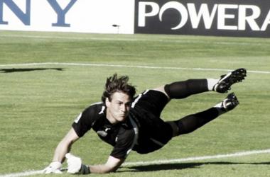 Uruguai vai defender as redes do Arouca (Foto: Karl Yu   The Epoch Times)