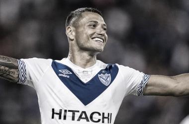Mauro Zárate festejando un gol. Foto: Gol de Vestuario.