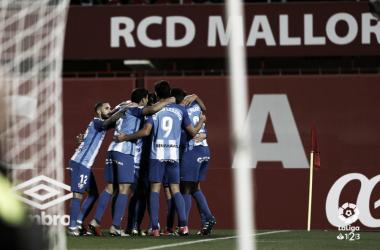 Los jugadores del Málaga CF celebrando uno de los goles ante el Mallorca | Foto: LaLiga