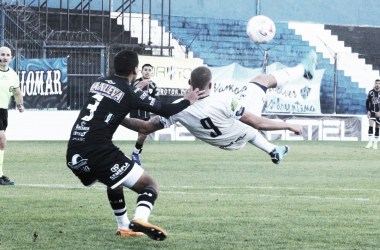 """27/06/2021 Gol de """"chilena"""" de Nicolás Servetto. Foto: Club Almagro"""
