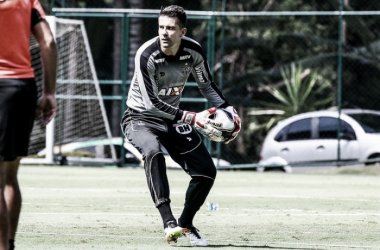 Victor diz que Atlético não pode abrir mão do jogo ofensivo no Morumbi (Foto: Bruno Cantini/Atlético-MG)