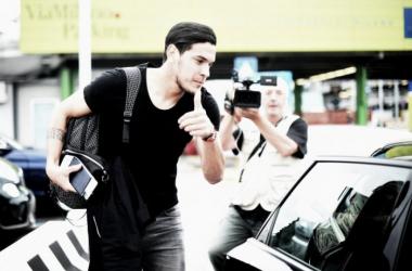 Gómez ya se encuentra en Italia para firmar su contrato. Foto: Milan news