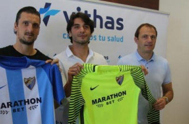 El Málaga presenta a Kuzmanovic y a Gonen