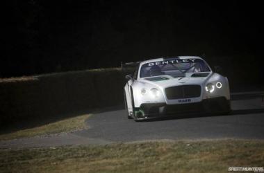 Les constructeurs débarquent en masse en GT3