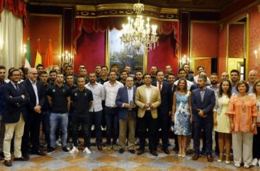 El Granada CF es recibido en el Ayuntamiento