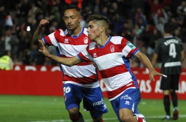 Pozo celebrando el gol que marcó frente al Almería en la primera vuelta. Foto: Antonio L. Juárez.