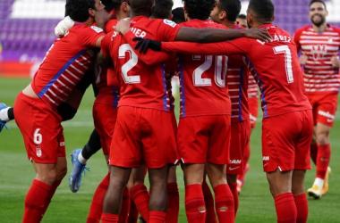 Jugadores del Granada CF celebrando uno de los goles ante el Real Valladolid | Foto: Pepe villoslada / Granada CF
