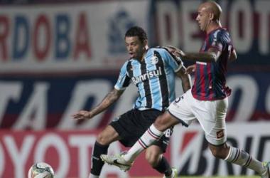 San Lorenzo metió un pie en los cuartos de final