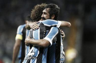 Grêmio supera Caxias e volta a vencer na Arena