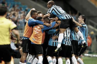 Grêmio derrota o Vitória na Arena com gol contra de Richarlyson