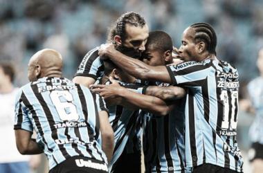 Com gol de Barcos, Grêmio vence o Bahia na Arena