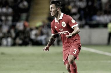 Grimaldo en un partido con el Benfica. / Foto: Benfica