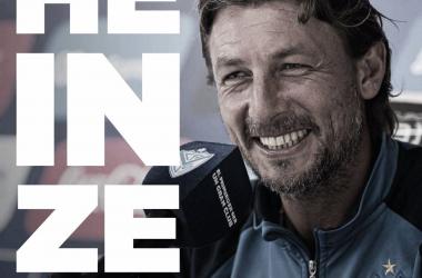 Foto oficial publicada por Vélez para hacer concreta la renovación de Gabriel Heinze.   Fuente: Vélez.