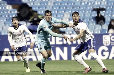 Grippo disputa un balón en el duelo de ida frente al Barça B. FOTO: REAL ZARAGOZA