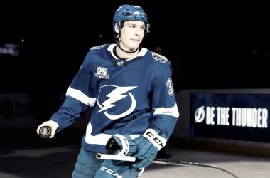 Yanni Gourde finalmente encuentra el éxito en la NHL