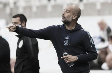 Guardiola destaca que City ainda tem 'duas competições para vencer' após classificação às semis da FA Cup
