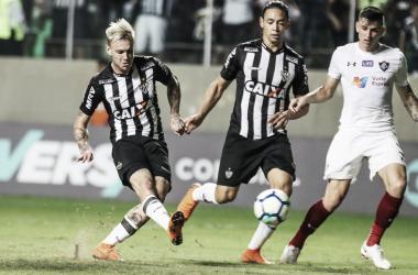 Dupla Róger Guedes e Ricardo Oliveira é a esperança de gols do Atlético (Foto: Bruno Cantini/Atletico)