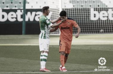 Reparto de puntos entre Betis y Valencia./ Foto: Laliga Santander