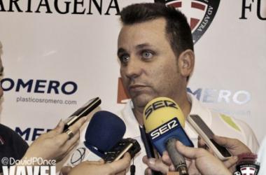 """Juan Carlos Guillamón: """"Los tres partidos que quedan son tres finales para nosotros"""" (Foto: VAVEL)"""