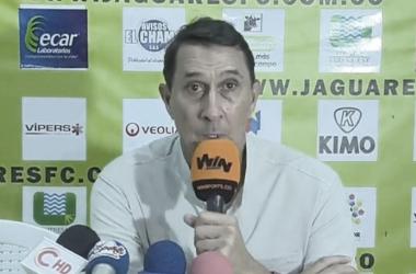 """Alexandre Guimarães:""""Salvamos un punto, pero falta consolidar la defensa"""""""