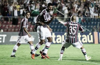 Fluminense vence Avaí, livra-se do Z-4 e empurra catarinenses para degola