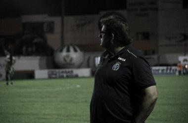 """Guto destaca empenho na vitória sobre Camboriú com um a menos: """"Isso mostra a força da equipe"""""""