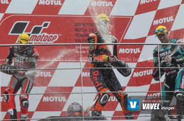 GP Valencia: Victoria para Binder y caída de Álex Márquez