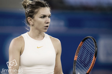 Simona Halep will end the season as the world number one despite her late-season injuries | Photo: Jimmie48 Tennis Photography