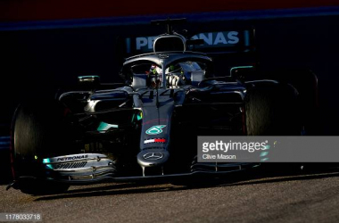 Lewis Hamilton during the Russian Grand Prix. (Photo credit: Clive Mason, Getty images)