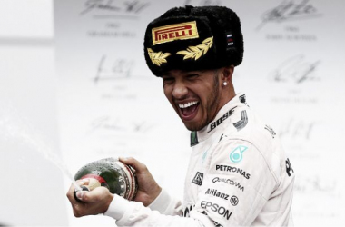 Hamilton celebrates his ninth win of the season. (Credit: BBC F1)