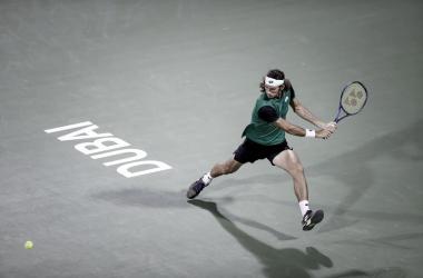 Harris surpreende Nishikori e chega às semifinais de Dubai
