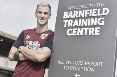 Joe Hart en las instalaciones de su nuevo club | Burnley FC