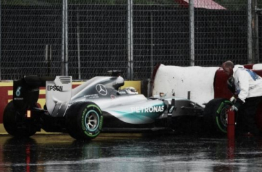 Hamilton liderou a sessão mas acabou nas barreiras (foto: Sutton)