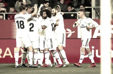 EL Real Madrid celebrando el gol de Benzema ante el Girona. Foto: Real Madrid