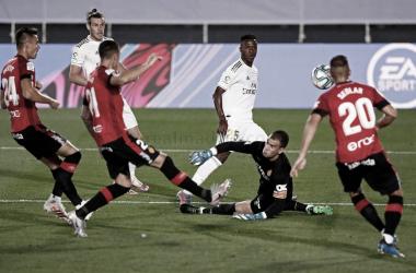 Vinícius Júnior tem outra atuação excelente, Real Madrid supera Mallorca e continua líder de LaLiga