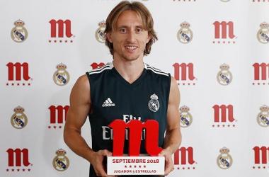 Luka Modric premiado con el jugador 5 estrellas de Mahou del mes de septiembre/ realmadir.com